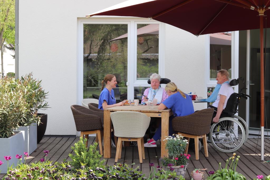 Pflegefachkraft für außerklinische Beatmung Intensivwohngemeinschaft Wandlitz